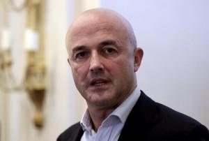 "Vatileaks, Gianluigi Nuzzi: ""La rivoluzione dolce del Papa"""