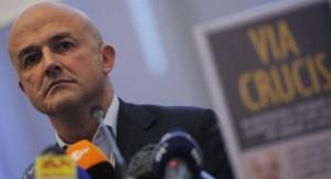 Guarda la versione ingrandita di Vatileaks, Della Vedova critica Governo: