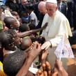 "Papa Francesco anticipa Giubileo da Bangui: ""No alla paura""01"