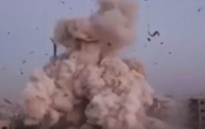 "YOUTUBE Raid Francia su Raqqa, jihadisti ""in fuga come topi"""