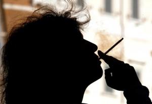 Divieto di fumo anche in casa: proposta choc in Usa