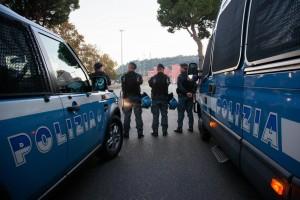 Terrorismo, allerta a Roma: sorvegliati Angelus, stadio...
