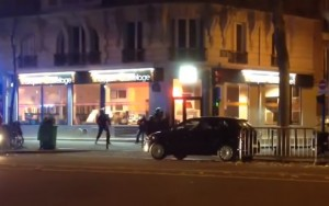Video Youtube-Parigi, polizia contro terroristi: spari
