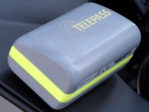 """Telepass """"da sostituire con urgenza"""": batterie difettose"""