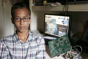 Ahmed Mohamed chiede risarcimento per 15mln di dollari a Usa