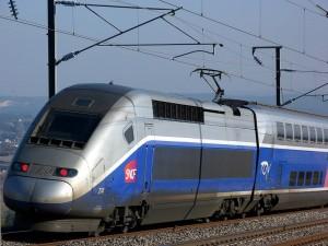 Strasburgo, treno TGV deraglia: almeno 5 morti