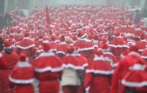 Roma, vuoi un selfie con Babbo Natale? Paghi il pizzo