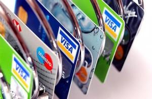 Carte di credito e bancomat: nuovi costi e cosa cambia