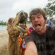 Alex, il professionista dei selfie con animali12