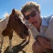 Alex, il professionista dei selfie con animali8