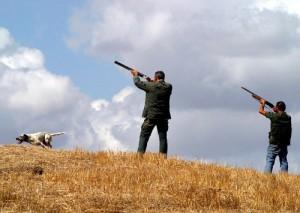 Salerno: 12 anni, a caccia con papà e zio. Colpito: è grave