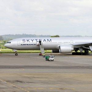 Atterraggio emergenza volo Air France: c'era bomba a bordo