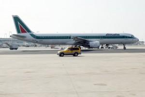 Fiumicino, volo Alitalia Roma-Tel Aviv atterraggio emergenza