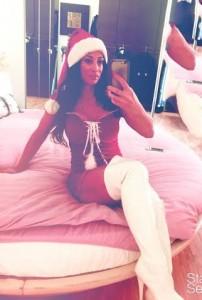 Blogger Angela Babbo Natale stivali bianchi. Se San Nicola..