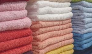 Sai cosa si nasconde sul tuo asciugamano? Batteri e...