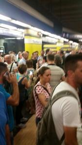 Roma: dalle 13 metro chiusa, niente bus e Roma-Lido ferma...