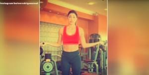 Belen Rodriguez, forma perfetta con l'allenamento in palestra