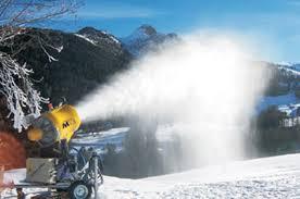 Meteo ponte Immacolata di sole: neve artificiale in montagna