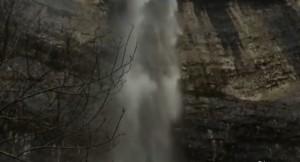 Tempesta Desmond fa riapparire cascata di Harry Potte