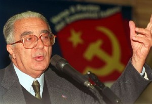 """Armando Cossutta morto a 89 anni, fu anima """"russa"""" del Pci"""
