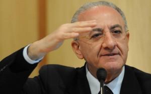 Campania, De Luca resta governatore: verdetto sospeso