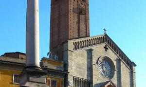 """Giubileo, a Piacenza chiusa Porta Santa Duomo """"causa freddo"""""""