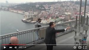 YOUTUBE Istanbul, Erdogan come Pippo Baudo: salva un suicida