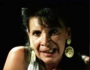 Fabiola Moretti e figlio: coltellate a fidanzato figlia