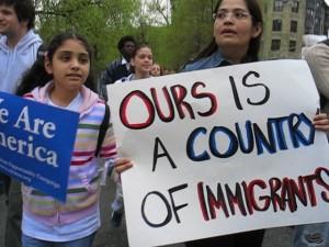 Troppi migranti, polizia Usa li deporta in massa. Anche bimbi