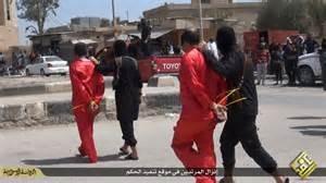 Combattenti Isis con prigionieri