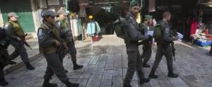 Gerusalemme, tenta accoltellare agenti: palestinese ucciso
