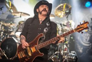 "Ian ""Lemmy"" Kilmister, morto il leader dei Motorhead"