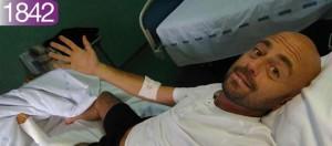 YOUTUBE Striscia, Luca Abete picchiato: foto post intervento