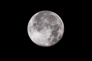 Luna piena a Natale: la prossima ci sarà solo tra 19 anni