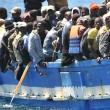 Ue all'Italia: impronte ai migranti prese anche con la forza