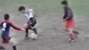 Messi a 12 anni già dribblava tutti VIDEO