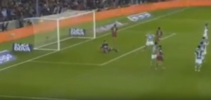 Neymar, assist con tacco in giravolta: Suarez segna