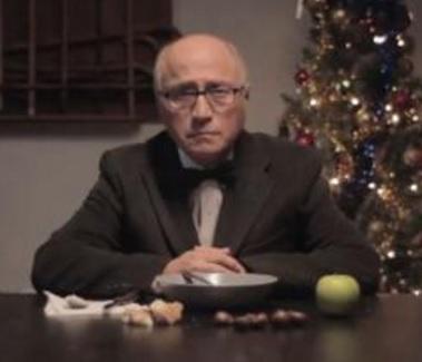 VIDEO YouTube: nonno si finge morto...la parodia italiana