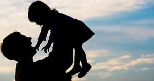 """Papà separato: """"700 km a settimana e vedo mia figlia 1 ora"""""""