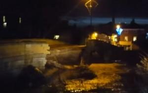 YOUTUBE Gran Bretagna: il crollo del ponte di Tadcaster