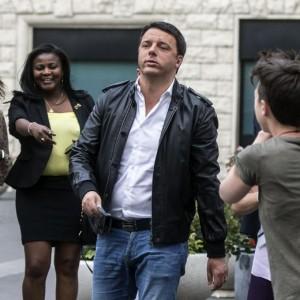Renzi lo spaccone in un mondo di furbi. Pagella premier 2015