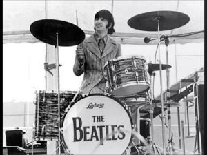 Ringo Starr, la sua batteria venduta all'asta per 2mln$