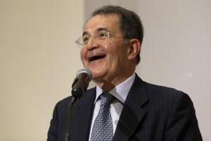 Isis Libia, da Prodi schiaffo a Napolitano: non mi consultò