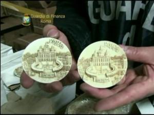 Giubileo Roma. Sequestrati mezzo milione rosari e santini