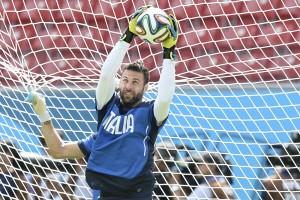 Calciomercato, Sirigu rompe col Psg: Roma alla finestra