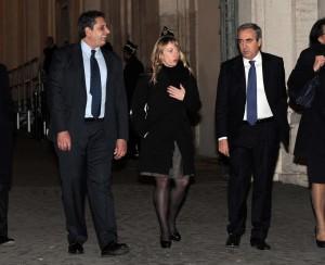 YOUTUBE Giorgia Meloni a Giovanni Toti: Il ragazzo ha bevuto
