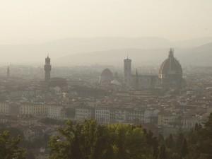 Smog a Firenze: stop in Ztl, limiti a riscaldamento
