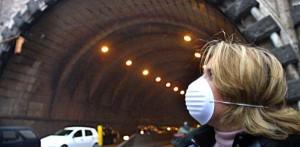 Smog a Napoli: blocco totale delle auto per 6 giorni