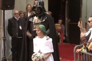 Star Wars, Obi-Wan Kenobi sposa coppia a Los Angeles