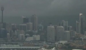 Sydney violento tornado colpisce la città